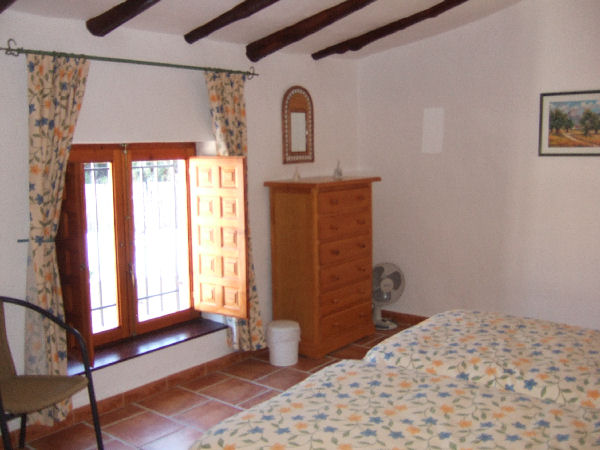 Coles of Andalucia property ARB5C01 photo 2