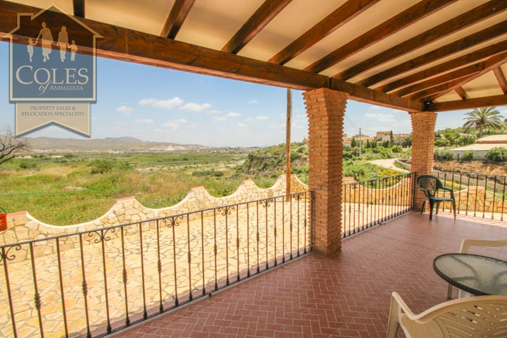 Coles of Andalucia property CAN3VA02 photo 17