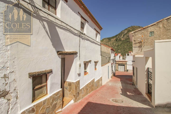 Coles of Andalucia property COB1T01 photo 10