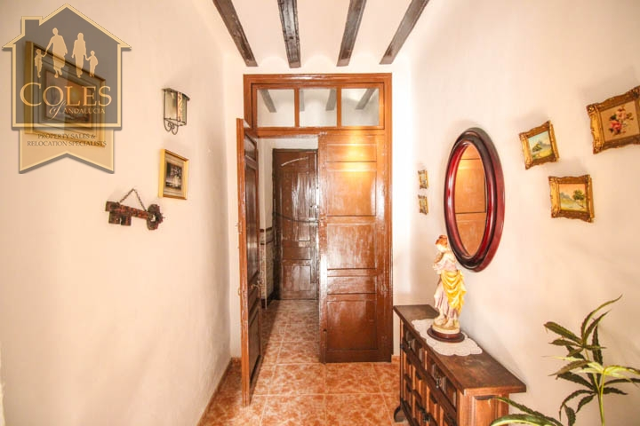 Coles of Andalucia property CON5T02 photo 8
