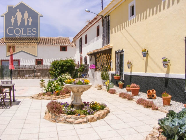 Coles of Andalucia property CUL6C02 photo 4
