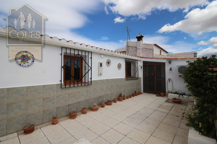 Coles of Andalucia property HUE3CG01 photo 0