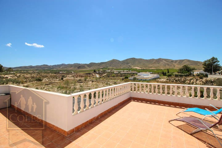 Coles of Andalucia property HUE3VES05 photo 4