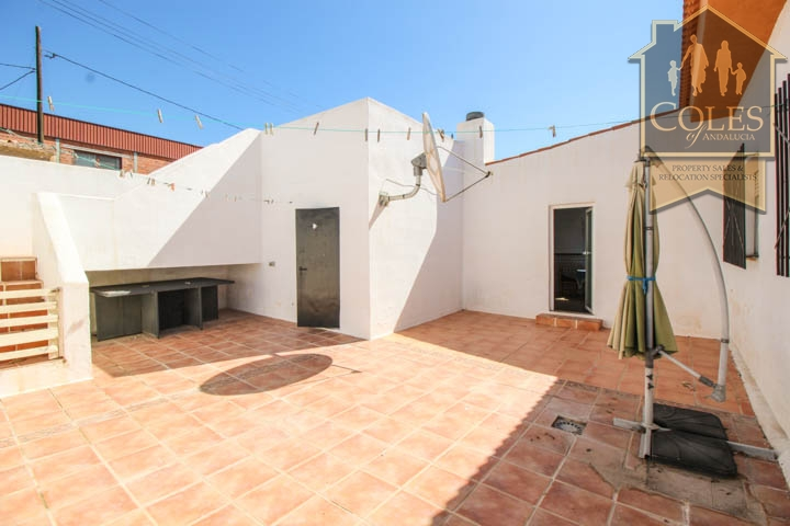 Coles of Andalucia property HUE5V01 photo 8