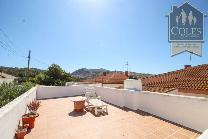 Coles of Andalucia property HUE5V01 photo 7