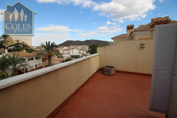 Coles of Andalucia property LOB4T07 photo 25