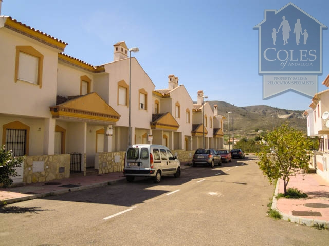 Coles of Andalucia property LUB3T01 photo 8