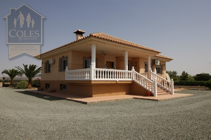 Coles of Andalucia property PUR4V01 photo 20