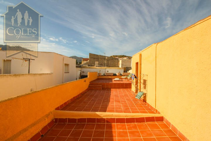 Coles of Andalucia property TUR3T24 photo 17