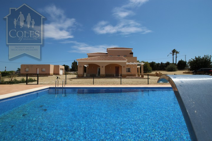 Coles of Andalucia property VER4VL02 photo 26
