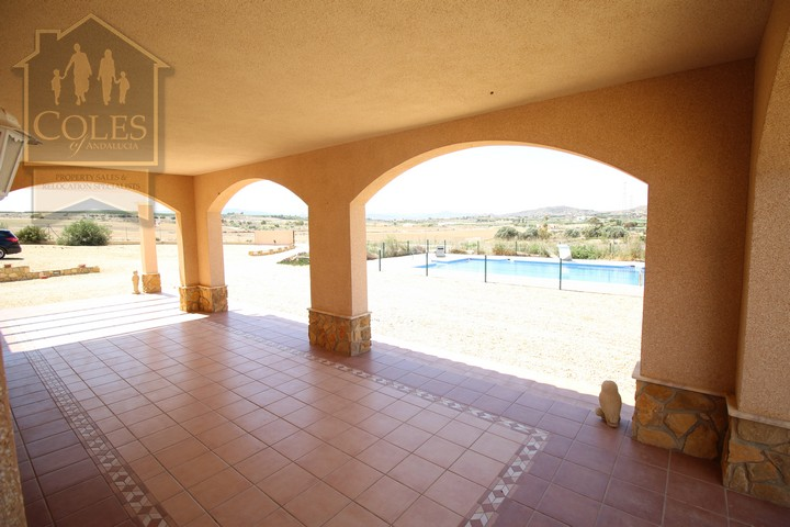 Coles of Andalucia property VER4VL02 photo 1