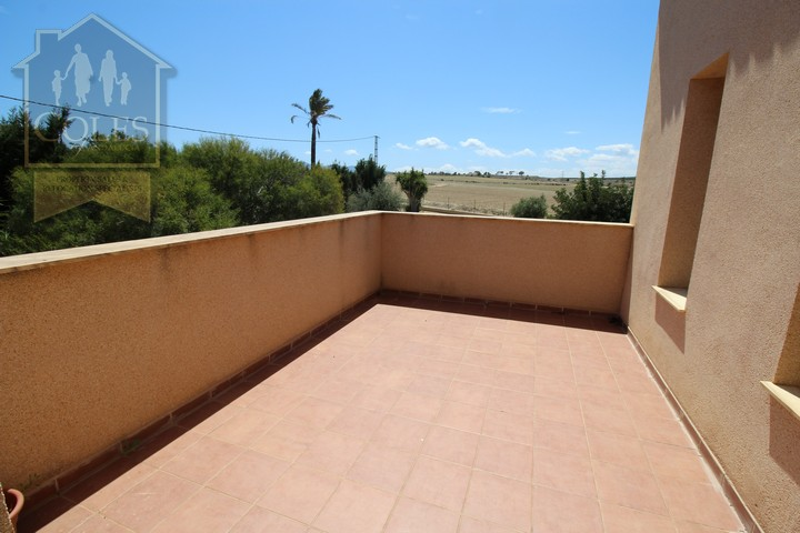 Coles of Andalucia property VER4VL02 photo 14